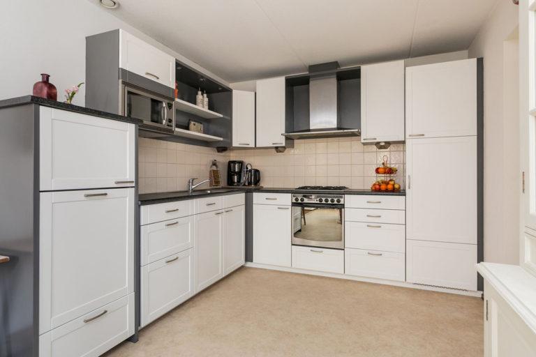 Keuken spuiten naar wit
