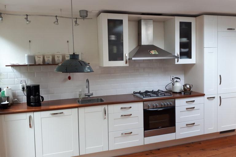 Keukenkastjes wit spuiten